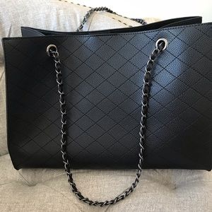 Handbags - Beautiful Black quilted bag with matching pouch!